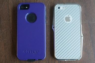 2 x iPhone 5S in cases